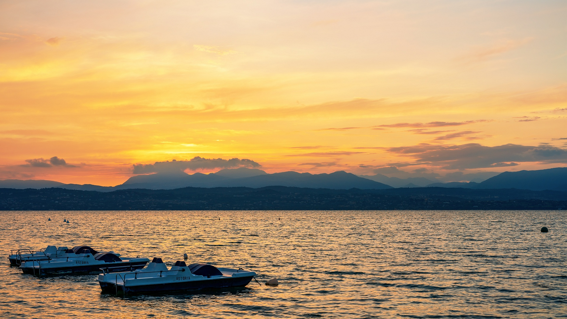 Lake Sunset Mood
